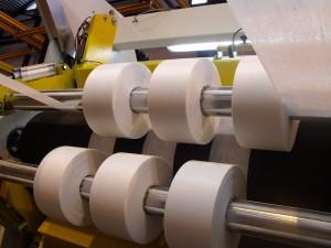 Découpeuse pour complexe non tissé - Laize : 1500 mm